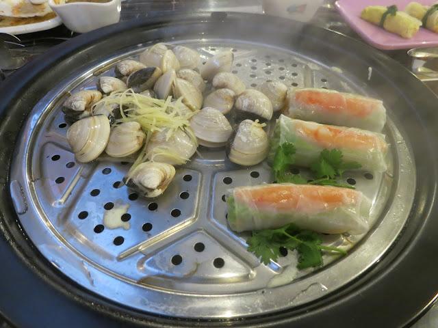 Vietnamese Crab Meat Rolls