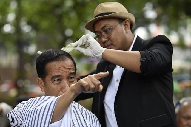 Dahnil Sindir Jokowi: Cukur Rambut di Garut, Bawa Tukang Cukur dari Jakarta