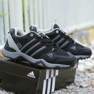 Sepatu Sport Adidas AX2 Hitam Abu-abu
