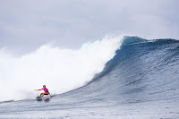 21 Courtney Conlogue Outerknown Fiji Womens Pro foto WSL Ed Sloane