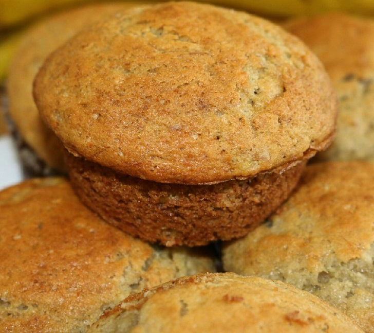 Easy and Yummy Banana Muffins Recipe