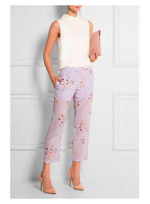 Пастельные лавандовые брюки с кремовым топом