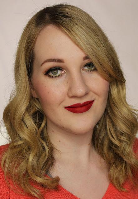 LA Girl Flat Matte Pigment Gloss - Frisky Swatches & Review