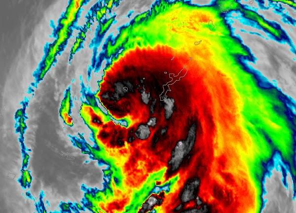 ALERTA MÁXIMA JAPON: Tifón Azotara El Sur De Japón.