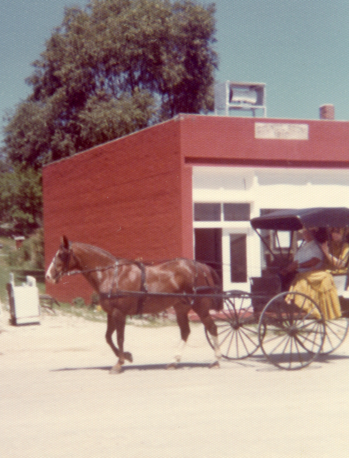 Bob Grimm Chevrolet >> Woodburn, Iowa History: Woodburn Homecoming