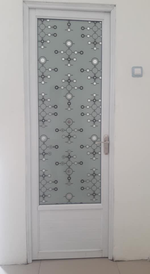 Pintu Kamar Mandi Aluminium Kaca Minimalis