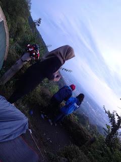 Suasana Pagi di Gunung Ungaran