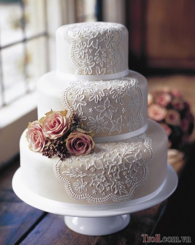 Hình ảnh những chiếc bánh cưới mang hương vị ngọt ngào và hạnh phúc