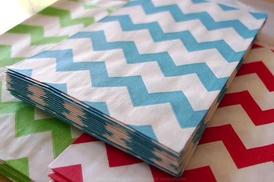 wedding deco mariage les sacs en papiers sachet a bonbon. Black Bedroom Furniture Sets. Home Design Ideas