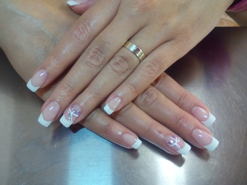 Manicure-at-home