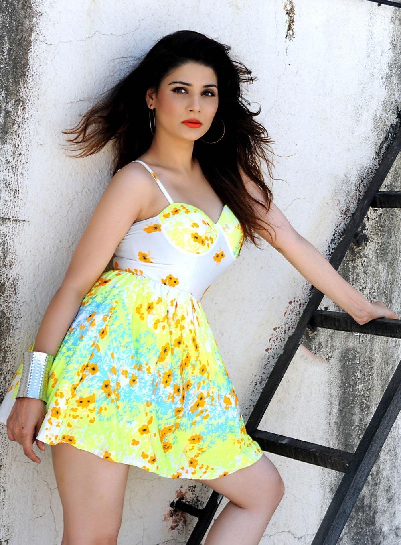 Bollywood Actress Srishti Sharma New Hot Stills