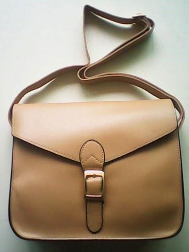 Bolso satchel beige