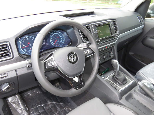 Nova Amarok Highline 2017- interior