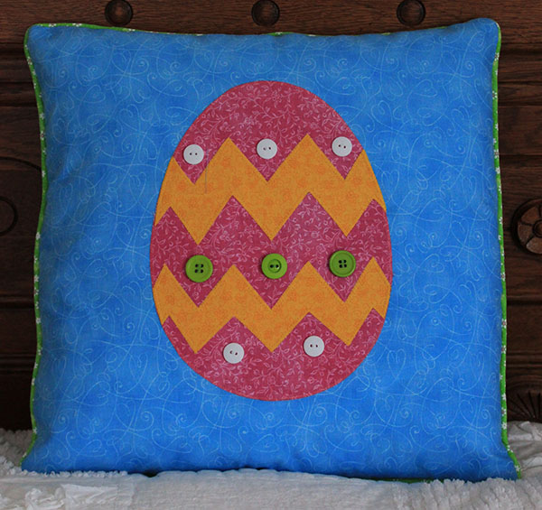 Easter Egg Pillow Tutorial