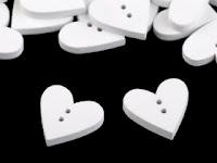 http://scrapkowo.pl/shop,guzik-drewniany-dekoracyjny-serce-biale,6464.html