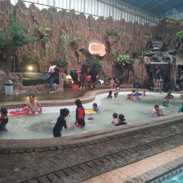 kolam-renag-tirta-mulya-soreang-notes-asher