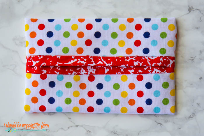 Fabric Travel Tissue Holder | The easiest sewing project for beginners...makes the perfect gift!