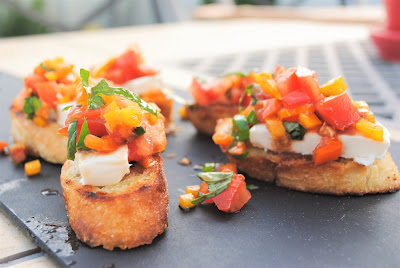 tomato bruschetta recipe- The Style Sisters, Easy appetizer, Tomato appetizer