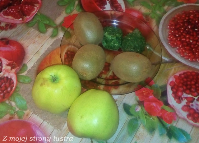 jabłka kiwi szpinak