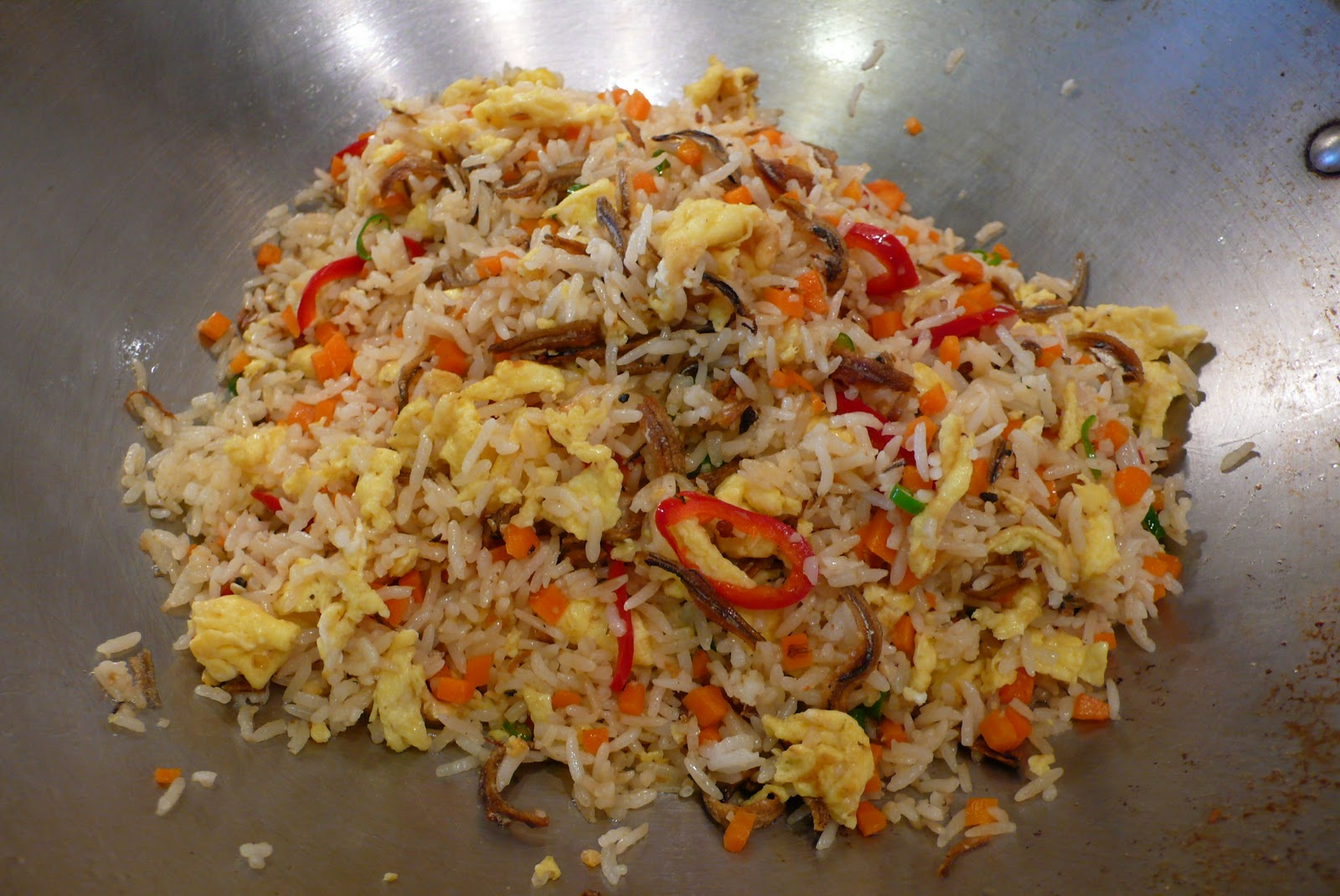 delimilli: Fried Rice with Dried Anchovies (Nasi Goreng Ikan Bilis)