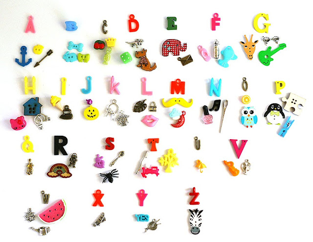 I spy trinkets, ABC alphabet miniature objects TomToy