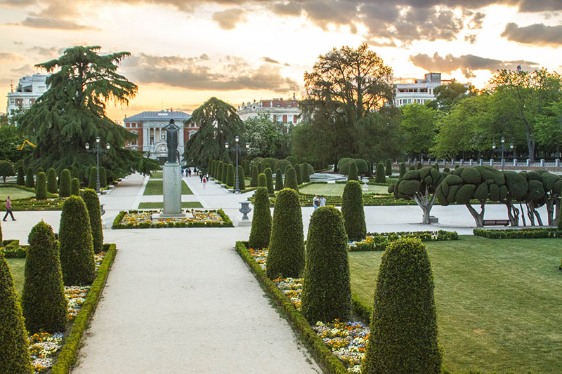 Best Vacation Places: A guide to Madrid