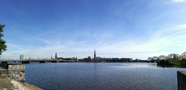 Riga-città vecchia-guglie
