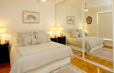 Как визуально увеличить размеры спальни