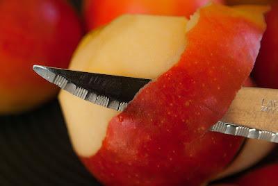 Cara Memanjangkan Rambut Dengan kulit apel
