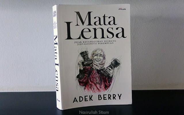 Mata Lensa karya Adek Berry