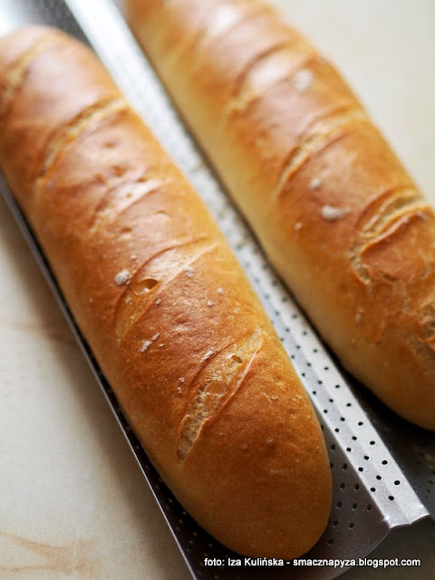 długie bułki pszenne , bułki wrocławskie , bułki paryskie , piekarnia , moje wypieki , bułki białe ,