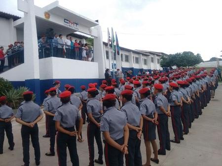 Inaugurado oficialmente o Colégio Militar de Caxias
