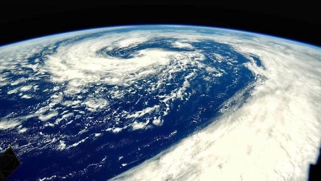 Aku Pengelana: Kilas Balik Dunia