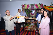 Chaitu Lavanya New Telugu movie Launch-thumbnail-3