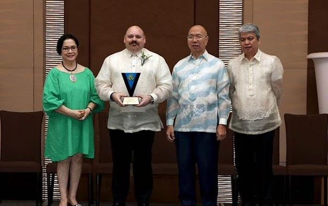 Teleperformance receives National Outstanding Volunteer Award from NEDA