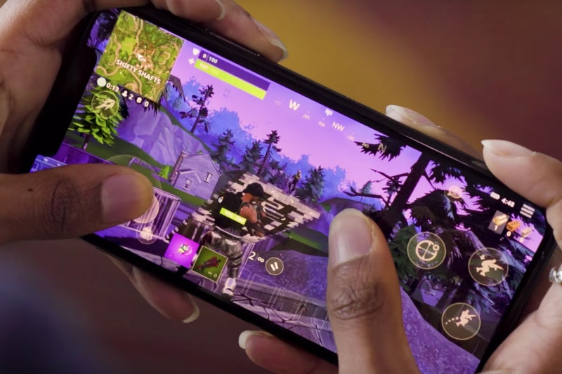 fortnite made nearly 300 million in the period of april
