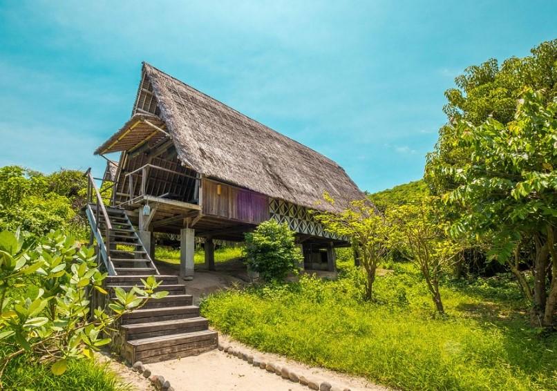 Gambar Hotel Dekat Pantai Pink Lombok Jeeva Bloam Camp