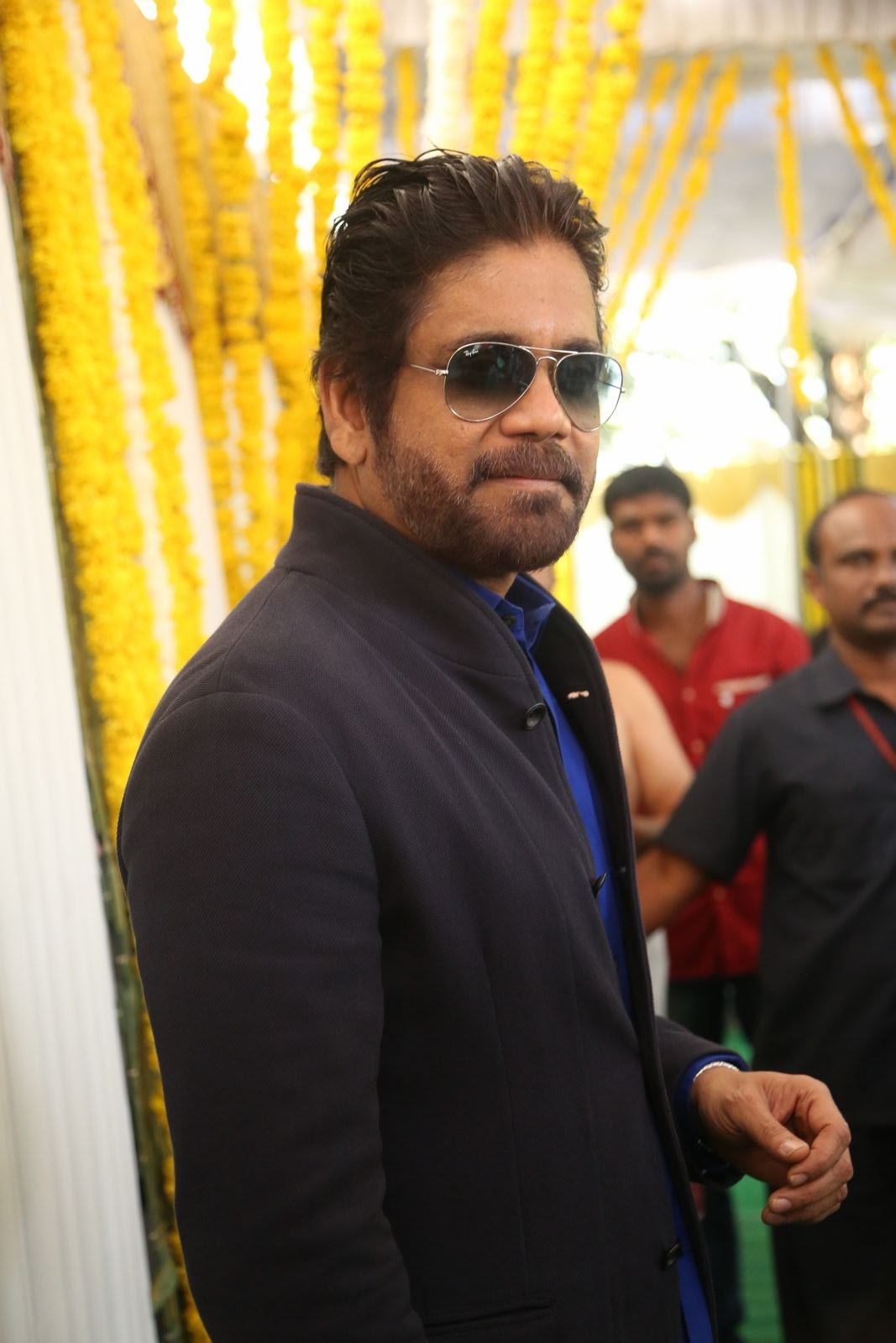 nagarjuna new stylish photos-HQ-Photo-8