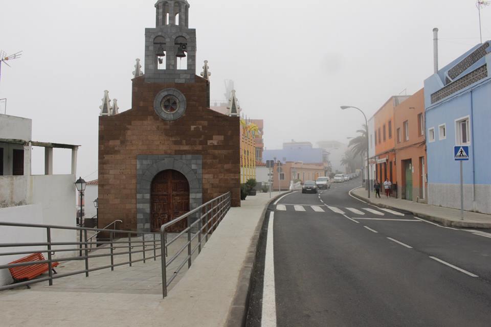 Resultado de imagen de El Cabildo inicia la mejora de la carretera TF-342 que discurre por cuatro municipios del norte de la Isla