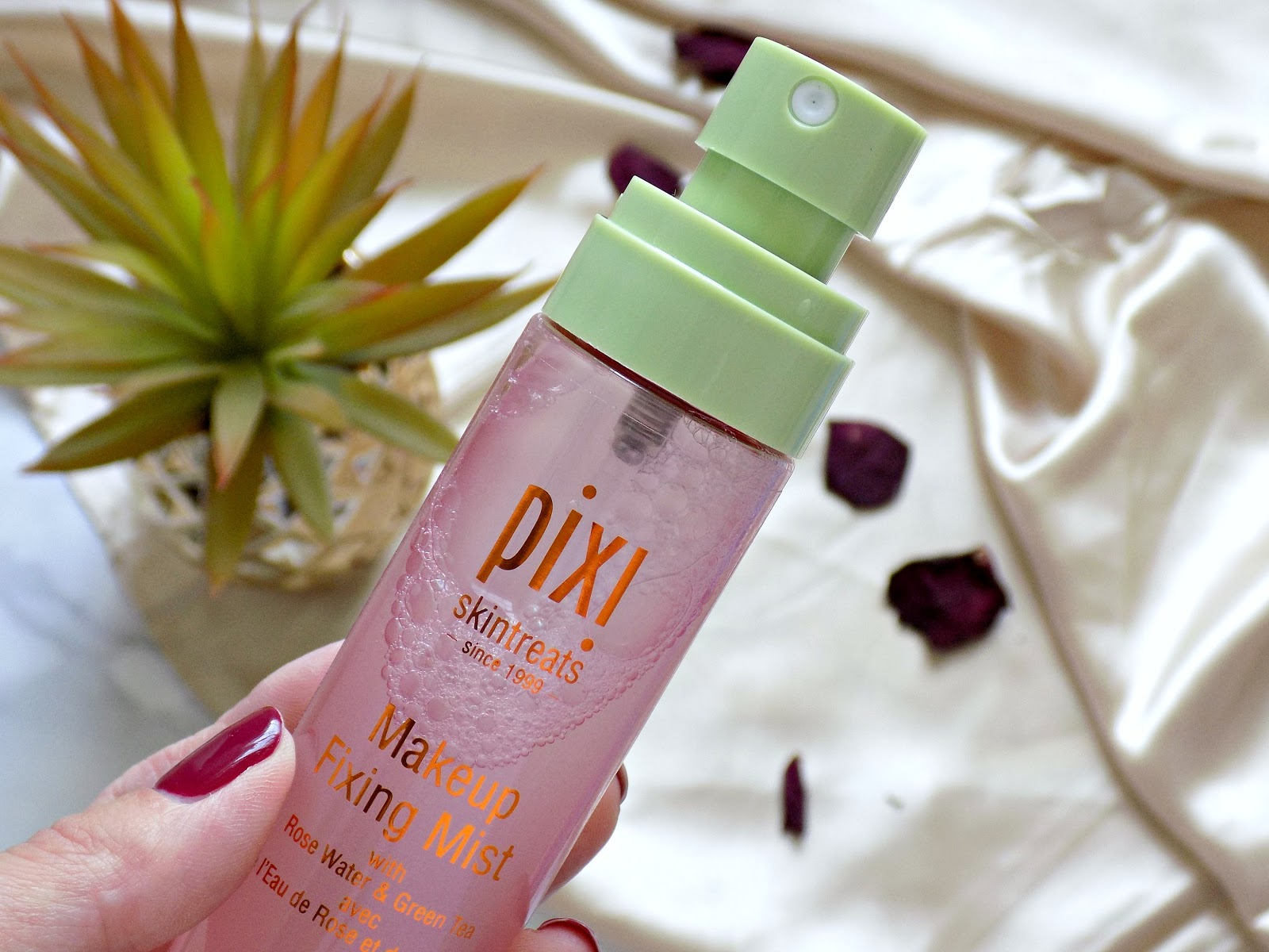 Pixi Makeup Fixing Spray