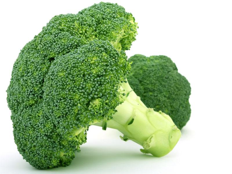 Pengaruh Komposisi Asupan Makan terhadap Komponen Sindrom Metabolik pada Remaja