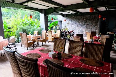 Hotel Review: tempat sarapan di Hotel Amira, Bandung