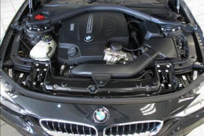 Foto Mesin 330i BMW F30