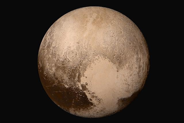 Coração de Plutão e localização do possível oceano de água líquida em Plutão