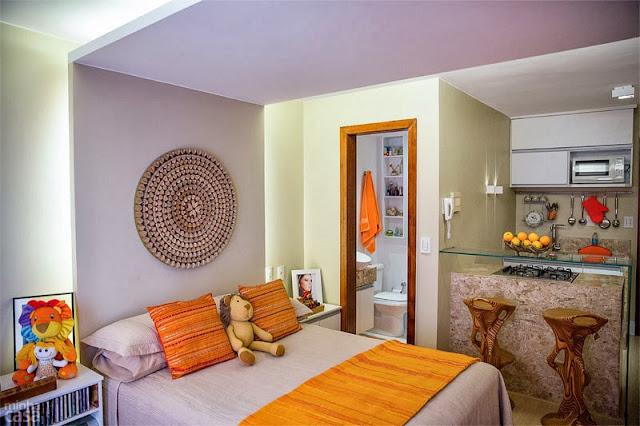 Kitnet ou Quitinete decorada com amarelo e muita energia. Blog Achados de Decoração
