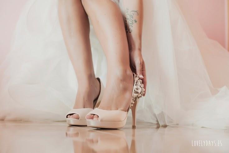 Zapatos de novia que se inspiran en la elegancia femenina