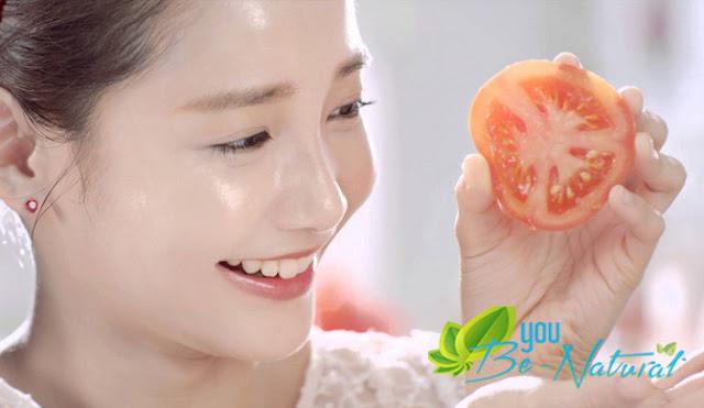Cách làm trắng da mặt bằng mặt nạ cà chua