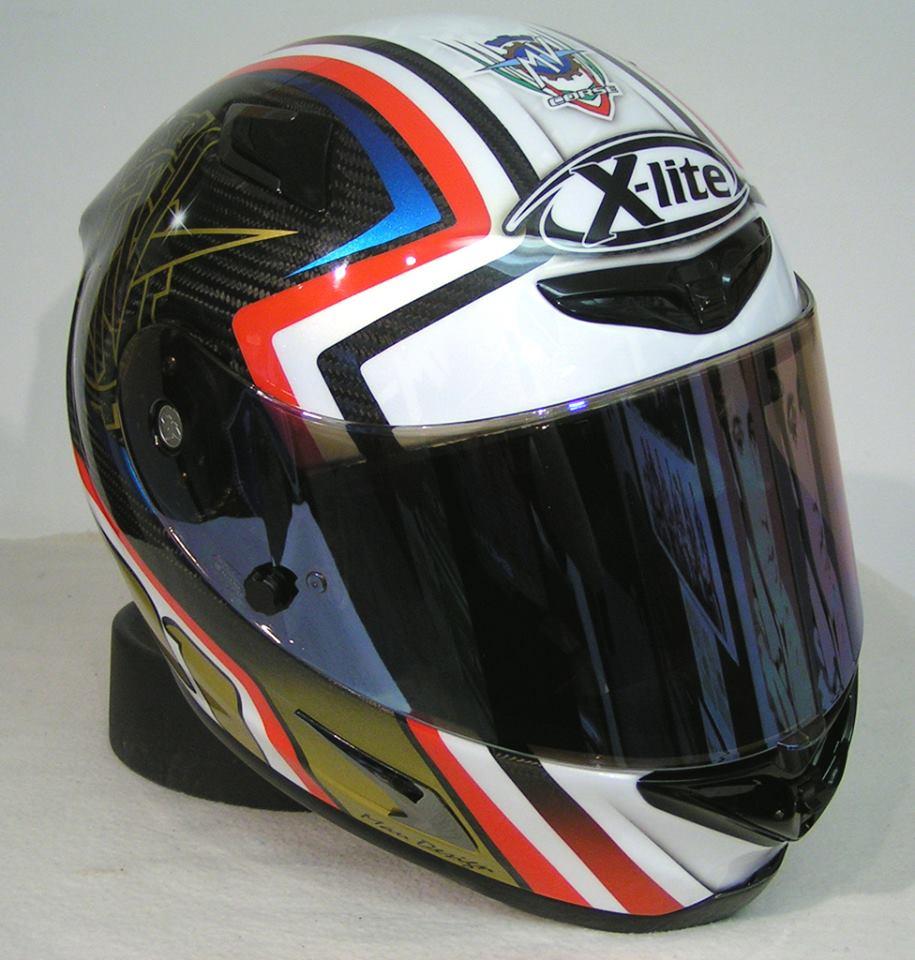 racing helmets garage x lite x 802r ultra carbon mv agusta by mau design. Black Bedroom Furniture Sets. Home Design Ideas