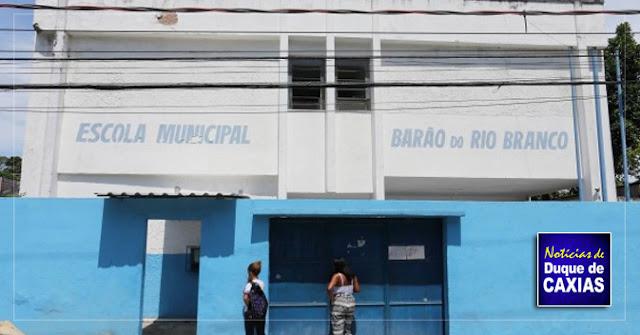 Estudantes em Caxias voltam mais cedo para casa por falta de professores