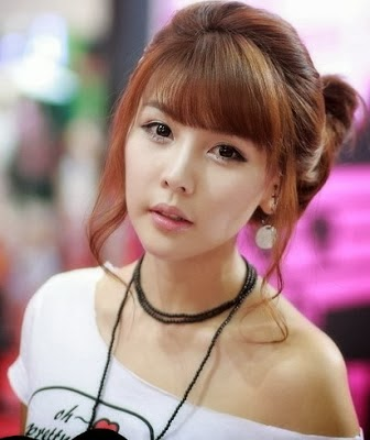 Most Top 10 Beautiful Korean Girls New Hairstyle Images 2013-14